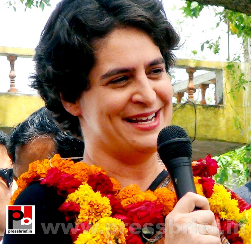 Priyanka Gandhi in Raebareli, UP (24)