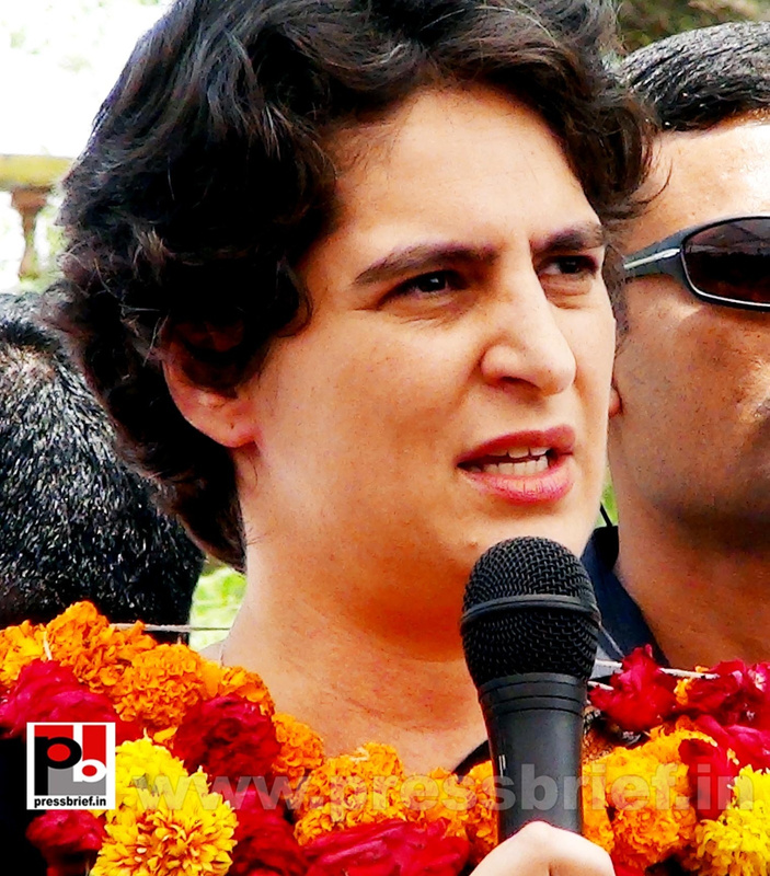 Priyanka Gandhi in Raebareli, UP (23)