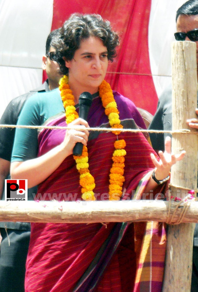 Priyanka Gandhi campaigns in Raebareli (15) by...