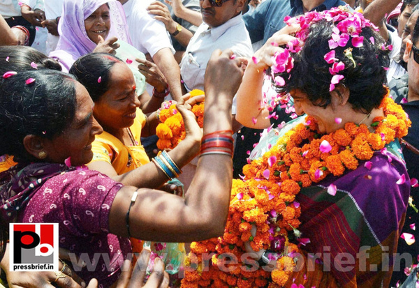 Priyanka Gandhi campaigns in Raebareli (26) by...