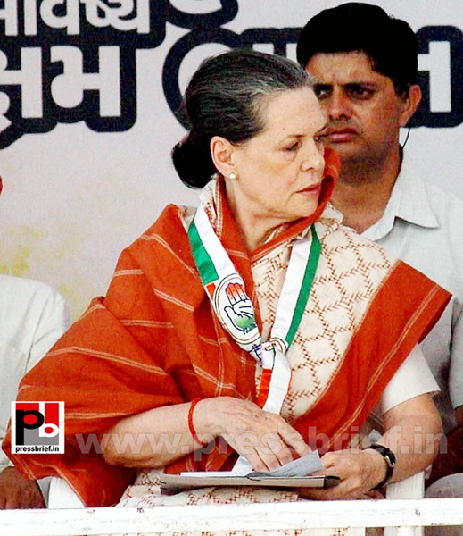 Sonia Gandhi campaigns in Gujarat (3) by Pressbrief In