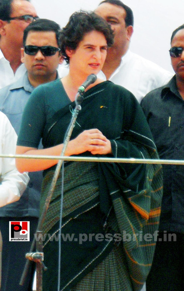 Priyanka Gandhi charms Raebareli (3) by Pressbrief In