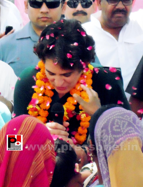 Priyanka Gandhi charms Raebareli (5) by Pressbrief In
