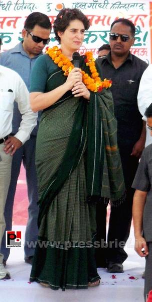Priyanka Gandhi charms Raebareli (9) by Pressbrief In
