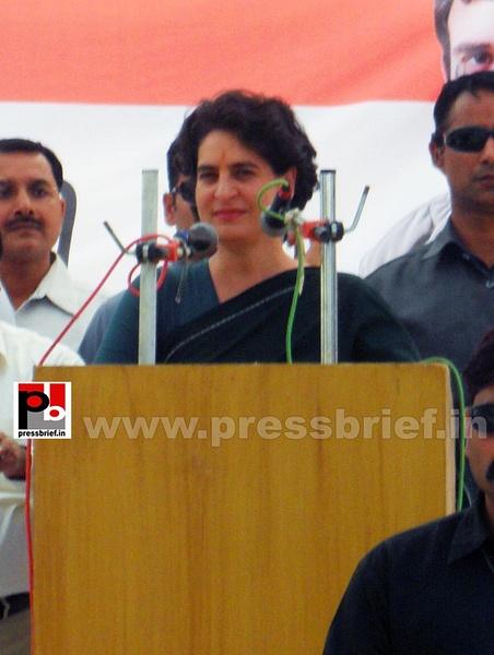Priyanka Gandhi charms Raebareli (13) by Pressbrief In