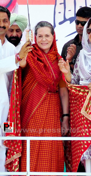 Sonia Gandhi in Barnala, Punjab by Pressbrief In