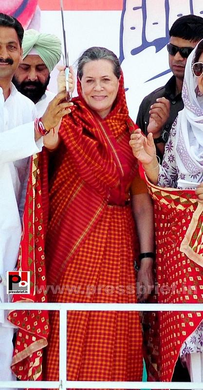 Sonia Gandhi in Barnala, Punjab (7)