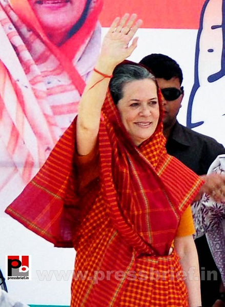 Sonia Gandhi in Barnala, Punjab (1) by Pressbrief In