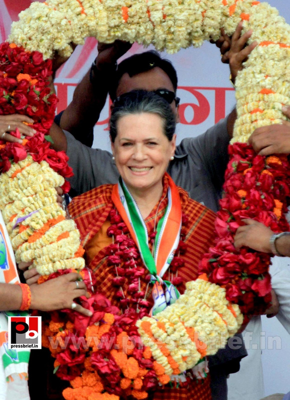 Sonia Gandhi at Raebareli (3)