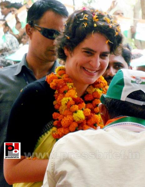 Priyanka Gandhi strikes chord with Raebareli (4) by...