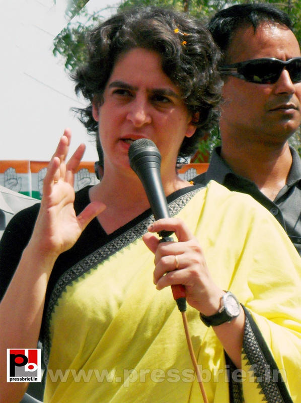Priyanka Gandhi strikes chord with Raebareli (23)