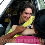 Priyanka Gandhi strikes chord with Raebareli