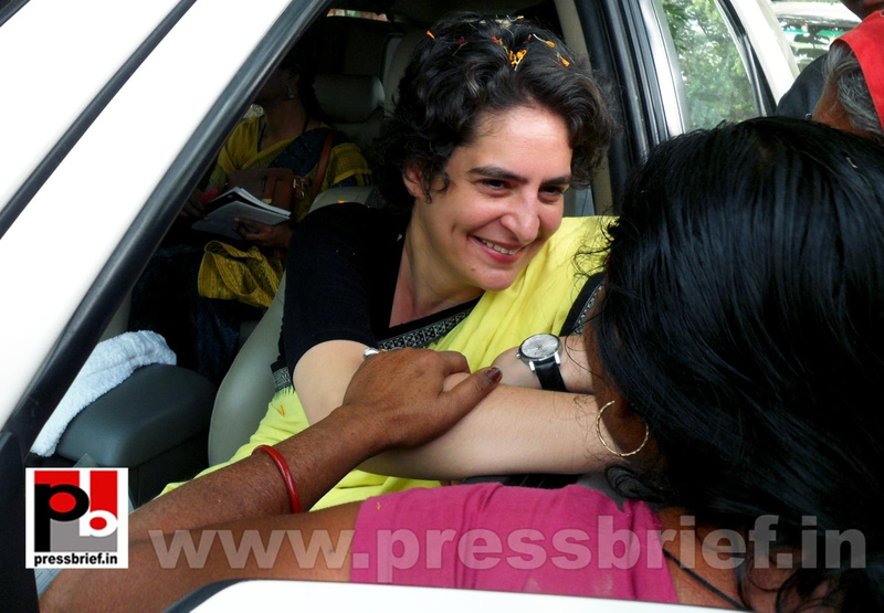Priyanka Gandhi strikes chord with Raebareli (25)