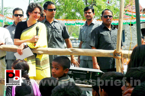 Priyanka Gandhi strikes chord with Raebareli (17) by...