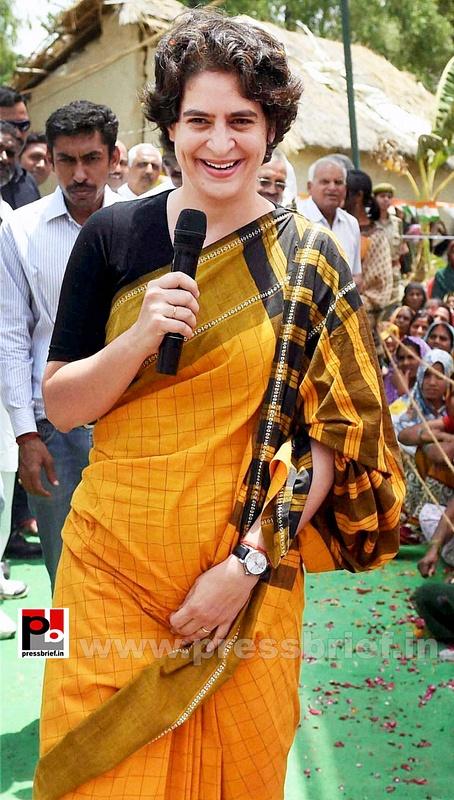 Priyanka Gandhi strikes chord with Amethi (3)