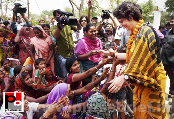 Priyanka Gandhi strikes chord with Amethi (5) by...