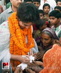 Priyanka Gandhi mingles with people