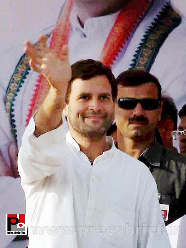 Rahul Gandhi addresses rally in Allahabad (1)