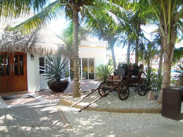 El Dorado Seaside Suites Mexico by AlisonLucking