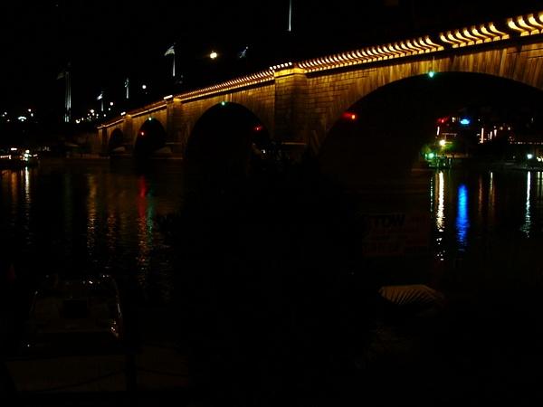 London Bridge by arphoto