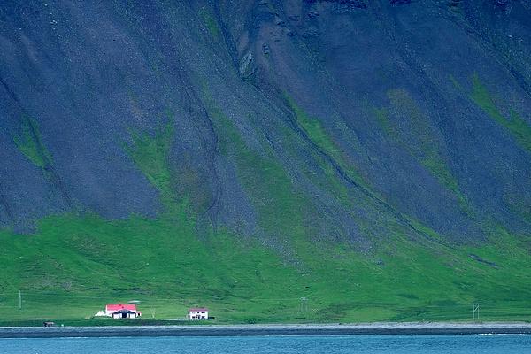 scale - Iceland - Tony Sweet