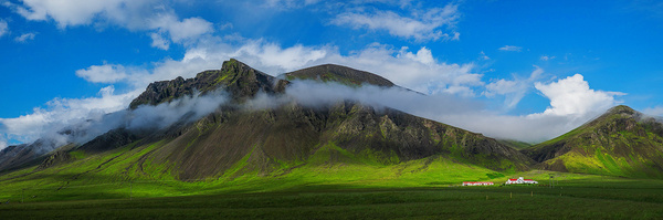 farm - Iceland - Tony Sweet