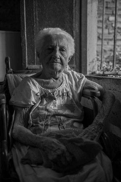 matriarch - Cuba - Tony Sweet