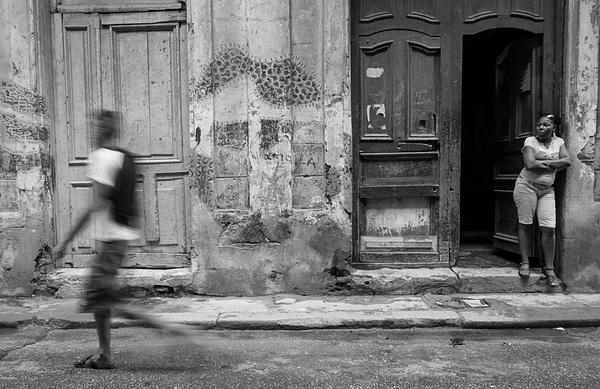 walker - Cuba - Tony Sweet