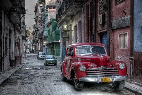 havana street - Cuba - Tony Sweet
