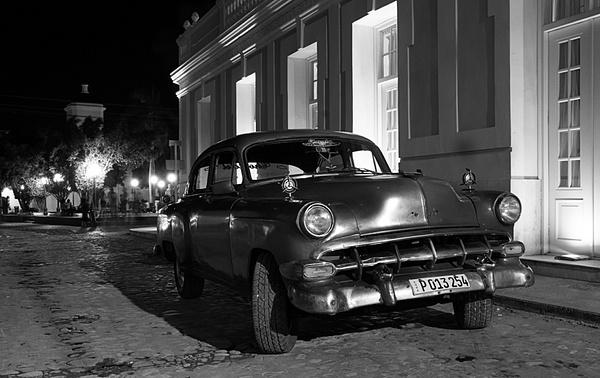 trinidad night - Cuba - Tony Sweet
