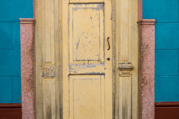 doorway - Cuba - Tony Sweet