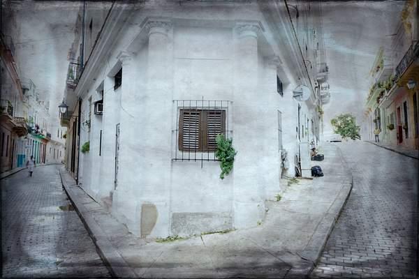 textured havana scene