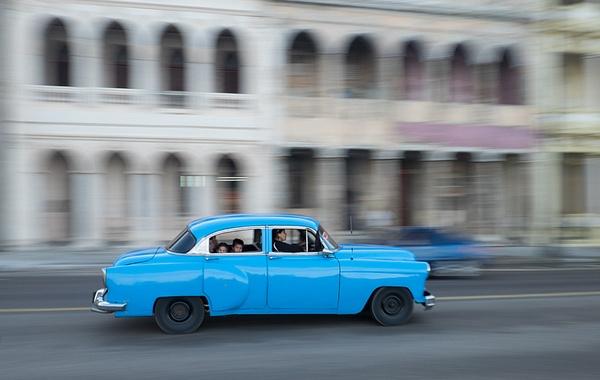 backseat lookers - Cuba - Tony Sweet