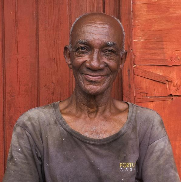 mechanic - Cuba - Tony Sweet