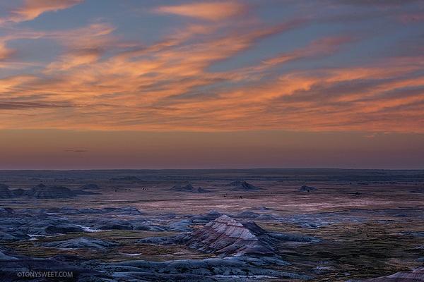 Panorama overlook - Badlands NP, SD - Tony Sweet
