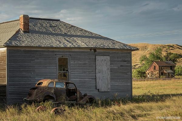 scenic - Badlands NP, SD - Tony Sweet