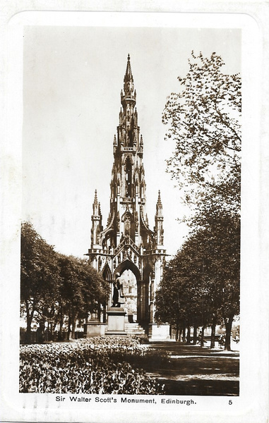 scottmonument1920 by Stuart Alexander Hamilton