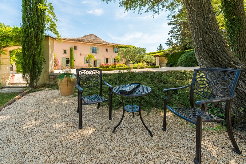 Holiday rental for 10 people in Provence.  Dream vacation.