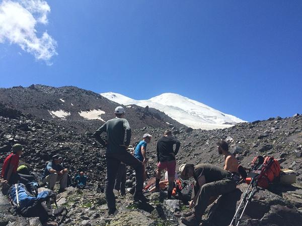 077 by Elbrus9
