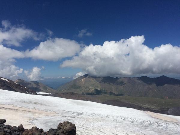 082 by Elbrus9