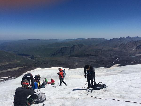 195 by Elbrus9