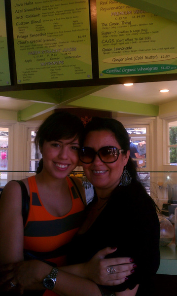 My sister and mom by Jose Martinez