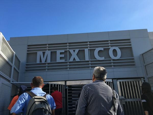 Mexico Port of Entry by AndresRuvalcaba