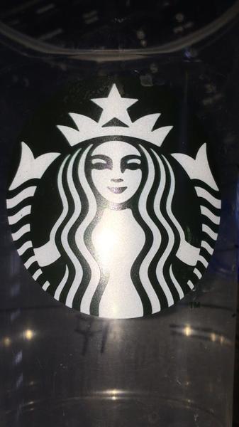 starbuks logo by AndresRuvalcaba
