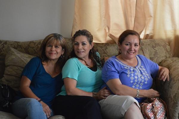 mom,aunt maria & marissa by AndresRuvalcaba