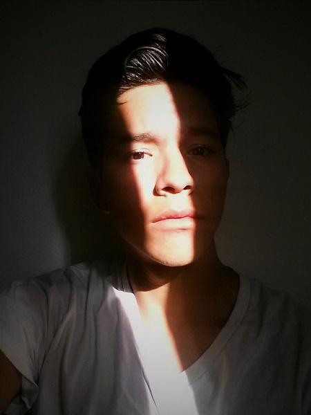 Light Selfie by EstebanAguilar