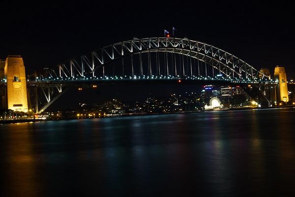 sydney harbour bridge by SandyBrinsdon