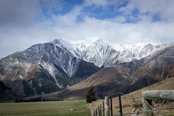 Mountainsl by SandyBrinsdon