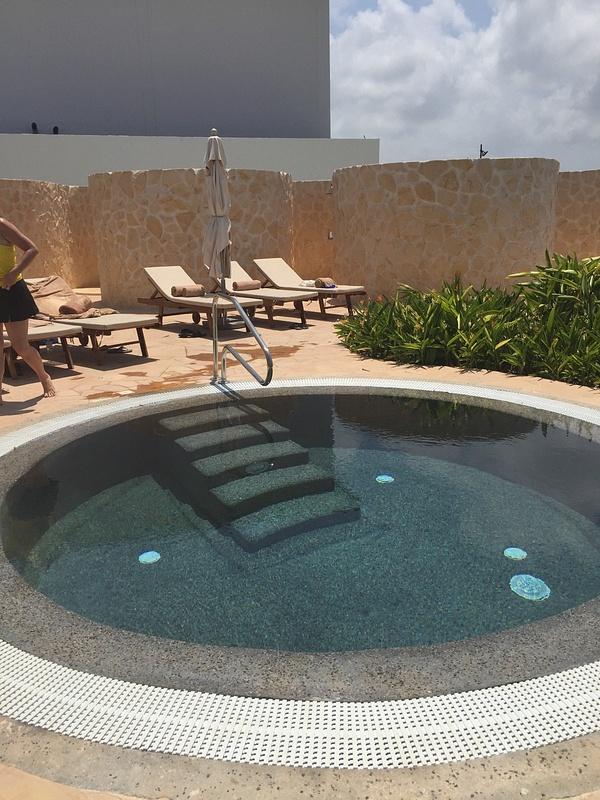 Spa ice pool