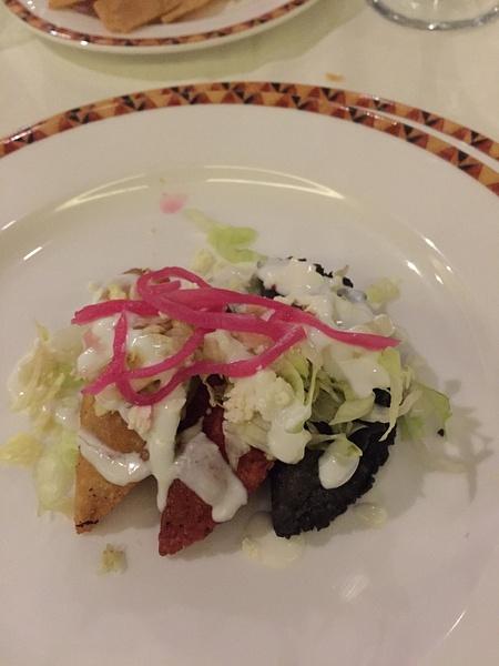 mixed empanadas El patio by JanieBac